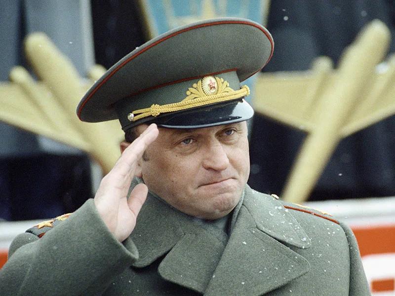 «Кто, если не Путин» Генералы лихих 90-х