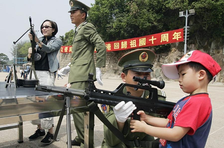 «Особое мнение»: У Китая армия больше, чем все население России