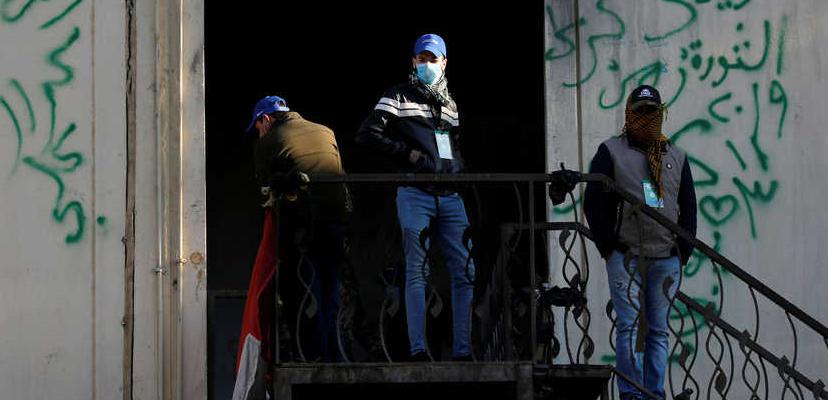 Кто такие синие шапки Садра в Ираке и на чьей они стороне
