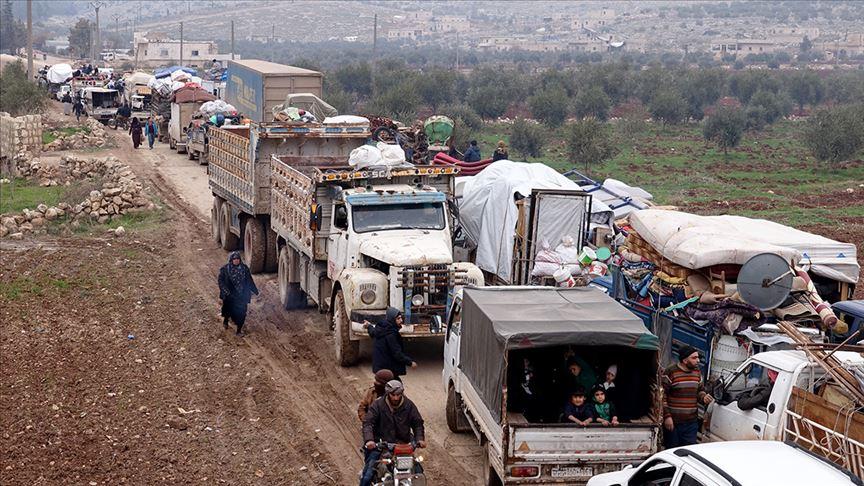 Почему сирийские беженцы не бегут в сторону Асада? Почему они бегут в Турцию