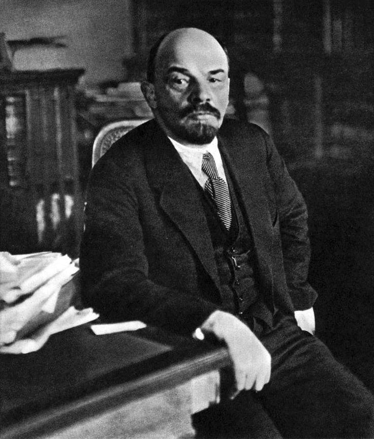 Владимир Ленин - злой гений или блудный сын своего времени