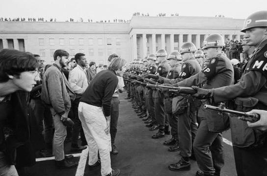 Гражданские беспорядки в США набирают силу